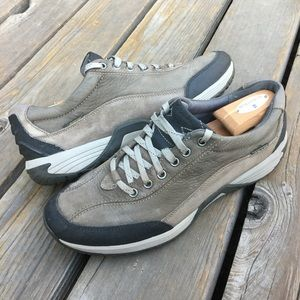 Men's CLARKS WAVE WALK PIONEER Waterproof Shoes